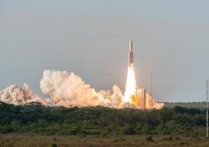 Décollage d'Ariane 5 ce 7 octobre 2016, depuis Kourou. Crédits : ESA-CNES-ARIANESPACE / Optique vidéo du CSG - S Martin